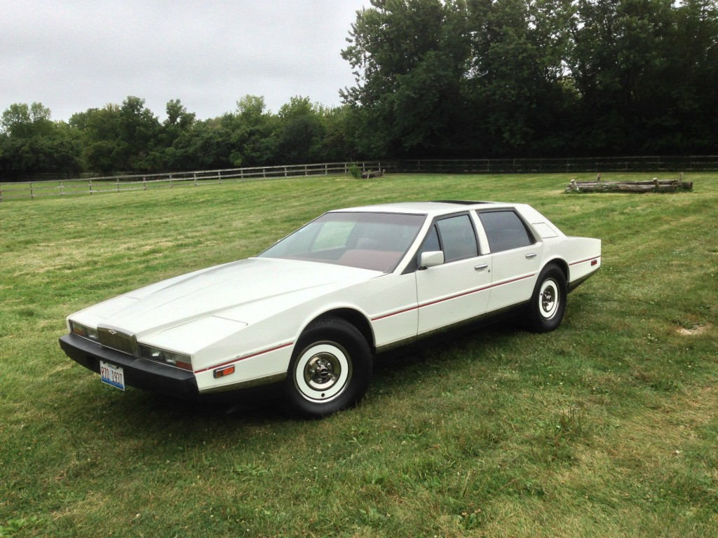 1983 Aston Martin V8 Vintage Supercar