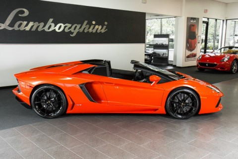 2014 Lamborghini Aventador Roadster for sale