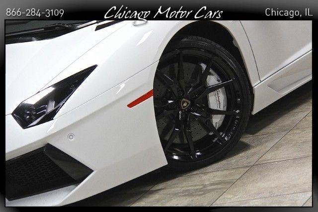 2015 Lamborghini Aventador 2dr Roadster
