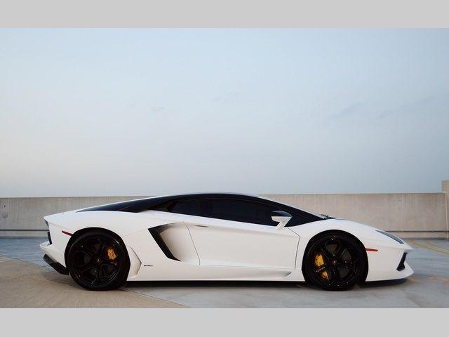 2013 Lamborghini Aventador LP 700 4