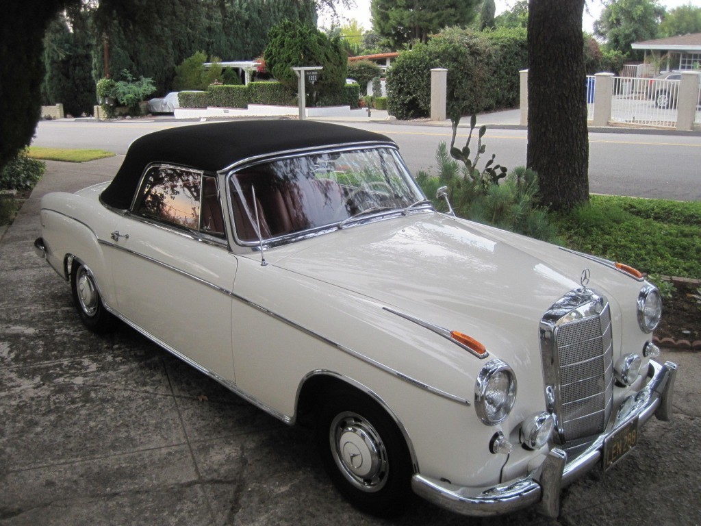 1960 Mercedes Benz 220 SE (One Family Ownership)