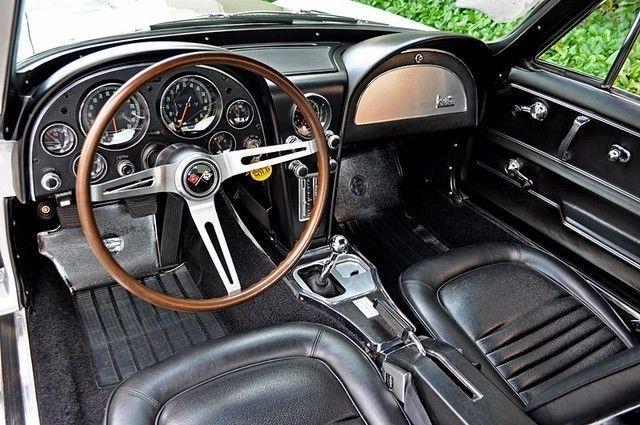 1967 Chevrolet Corvette 427/435HP Tri Power