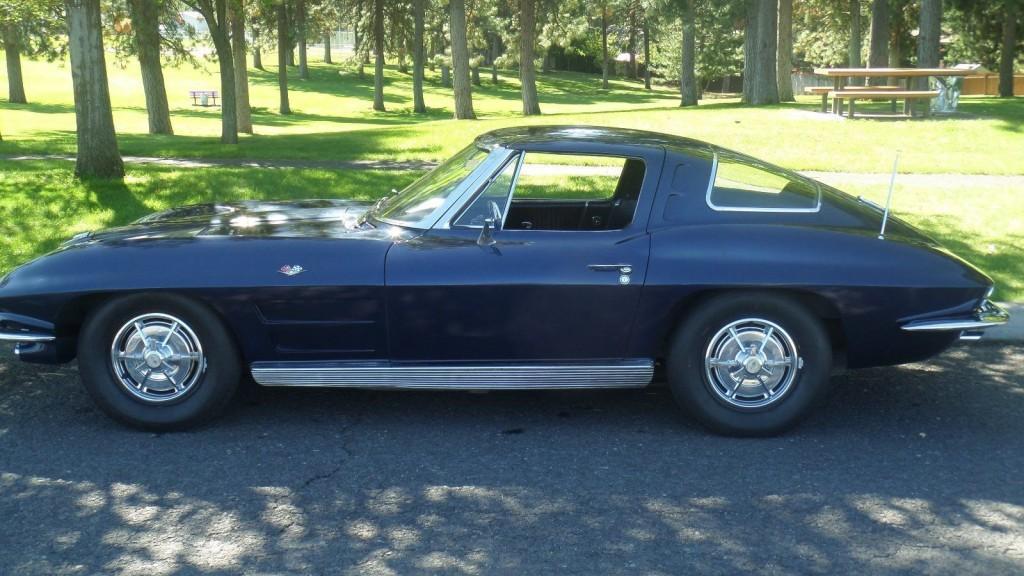 1963 Chevrolet Corvette Split window