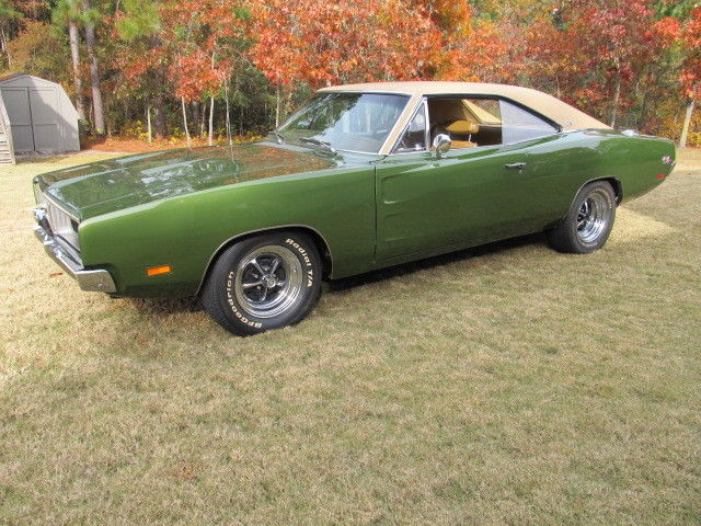 1969 Dodge Charger RT / SE Track Pack