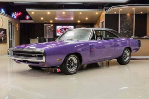 GEORGEOUS 1970 Dodge Charger R/T for sale