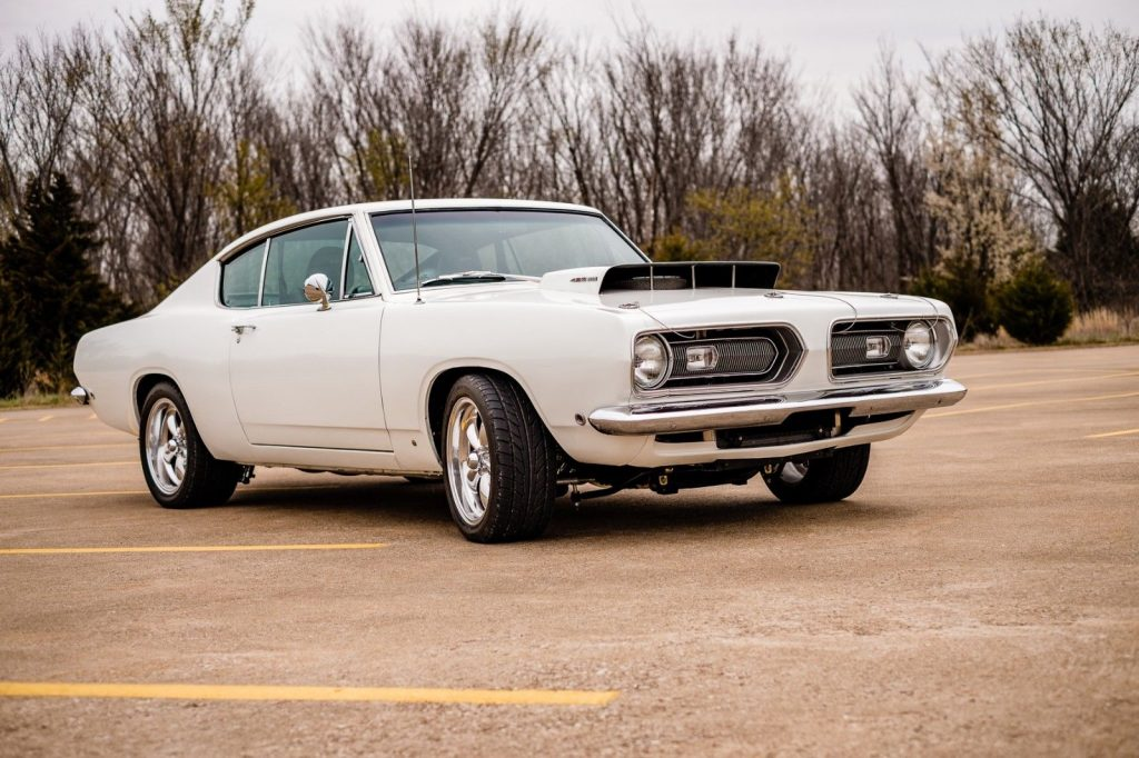 NICE 1968 Plymouth Barracuda Cuda