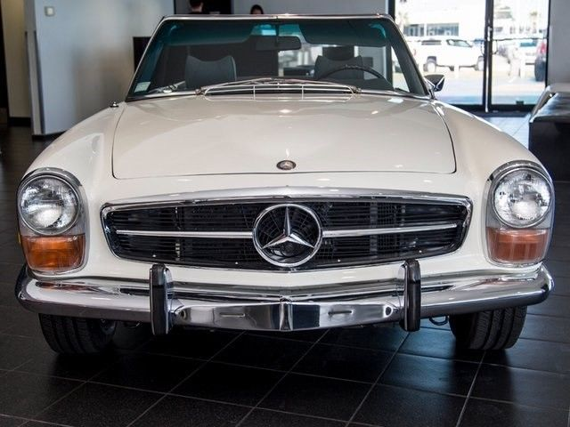 1971 Mercedes Benz SL Class – Excellent recent restoration