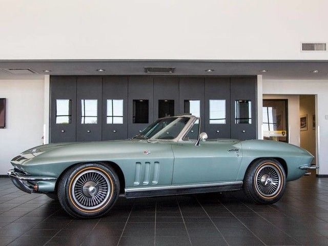 VERY NICE 1966 Chevrolet Corvette Stingray Convertible